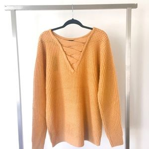 Sweaters - 🆕Lace Up Sweater